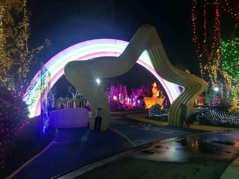 立体雕塑发光